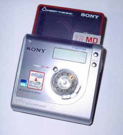 The Sony MZ-NHF800, a 2004 Hi-MD model.
