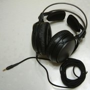 Closed Headphones